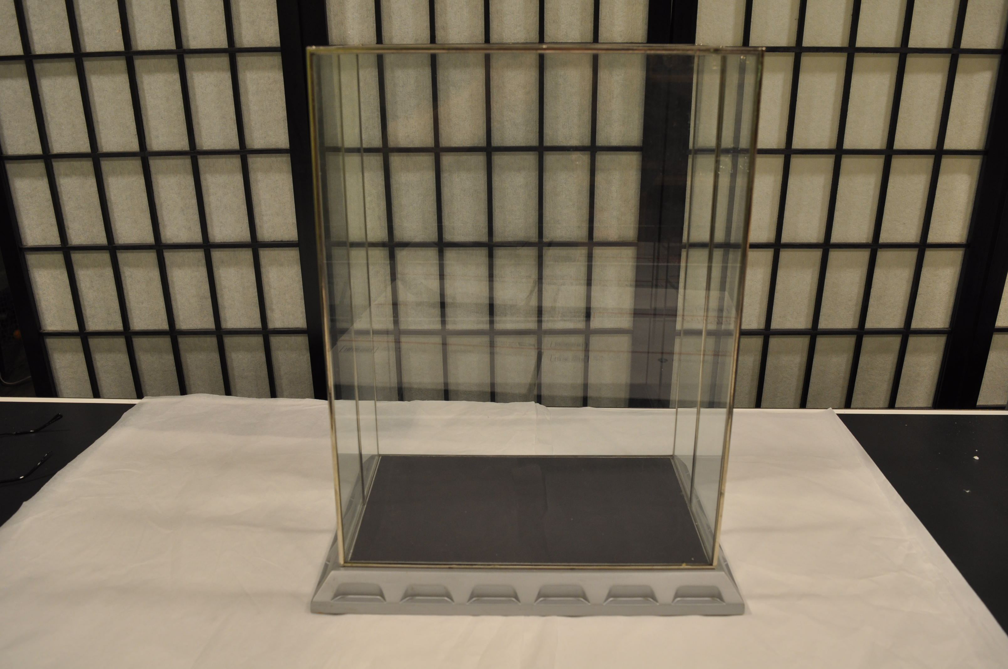 Super Rare Display Case For The Franklin Mint 3d Star Trek